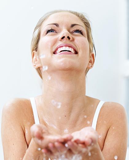 เปล่งประกายความสุขด้วยใบหน้าชุ่มชื่นอิ่มน้ำ